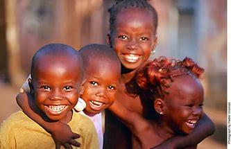 Afrikalı mutlu çocuklar