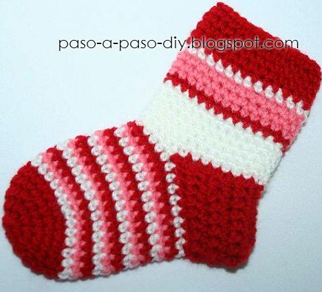 C mo tejer calcetines al crochet diy explicaci n en - Como hacer talon de calcetines de lana ...