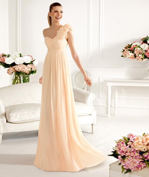 444c842cd Para este 2013 Pronovias nos trae una colección de vestidos de fiesta  extremadamente linda...vemos vestidos cortos