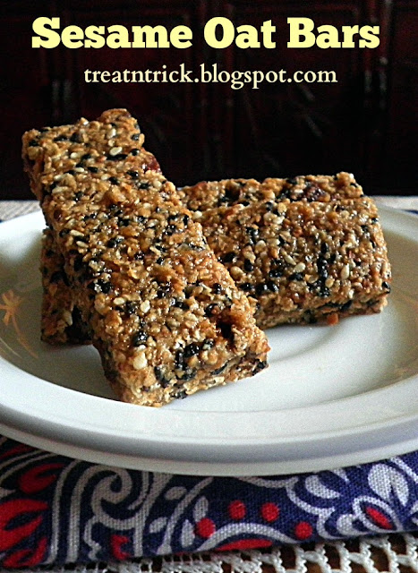 Sesame Oat Bars Recipe @ treatntrick.blogspot.com