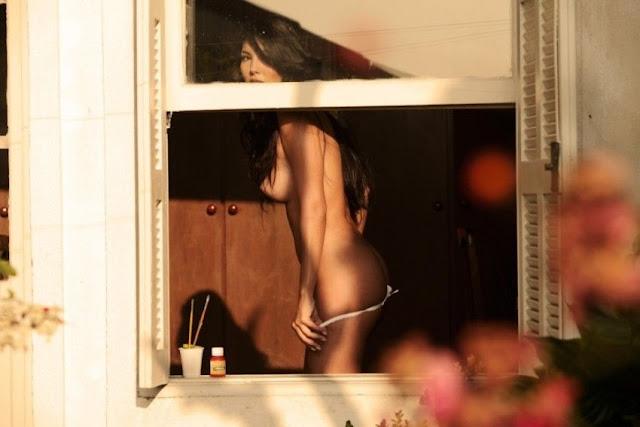 Follando en la ventana del hotel - 2 7