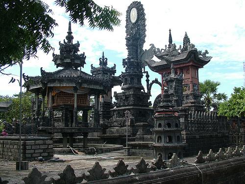 Wisata Pura Agung Pulaki Singaraja Bali