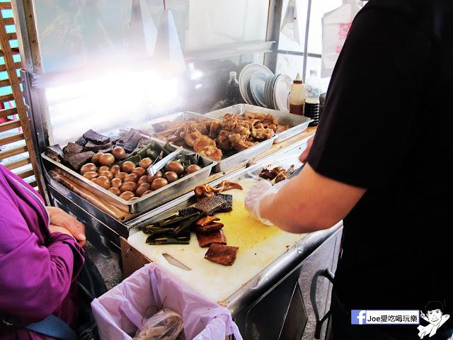 IMG 0117 - 【台中美食】曾氏幸福 | 隱藏於台中國立美術館對面的中信市場得排隊美食| 滷味必吃| 魷魚羹麵|羊肉羹麵|台中美食|熱血台中|