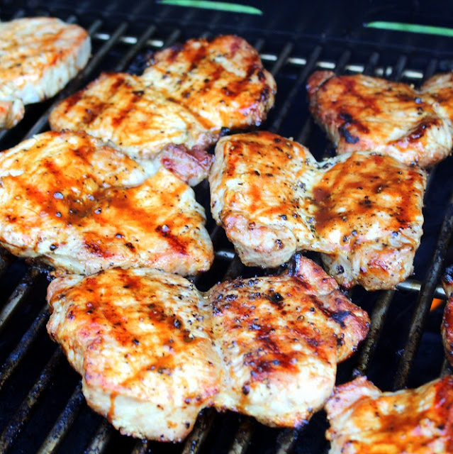 how to cook pork chops on bbq grill