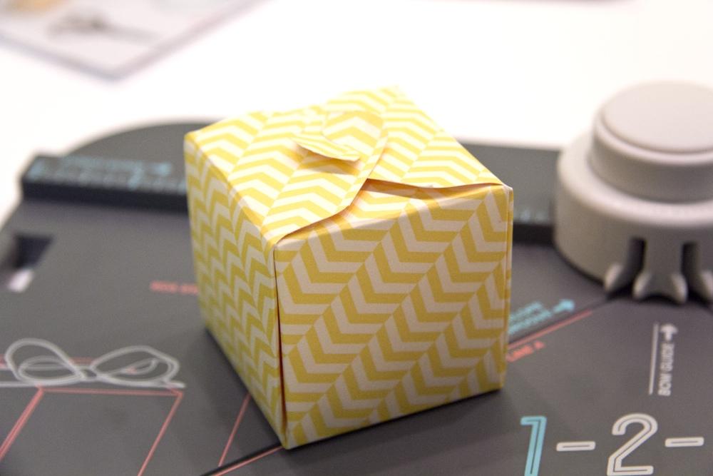 box selber basteln anleitung wohn design. Black Bedroom Furniture Sets. Home Design Ideas