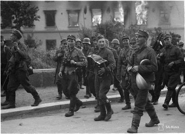 Soviet prisoners surrendering at Sortavala,15 August 1941 worldwartwo.filminspector.com