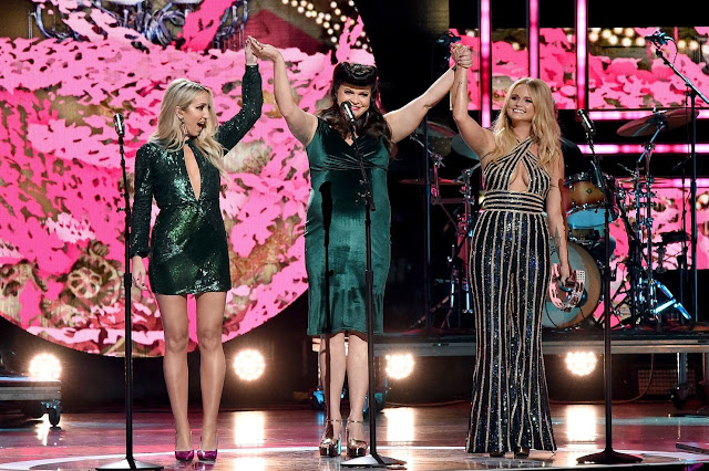 CMT Awards 2018 - Parte I.  - Las mujeres del Country.