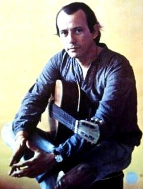 Foto de Silvio Rodríguez con guitarra