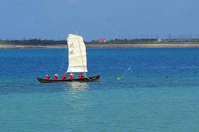 sabani sailing boat in race