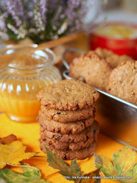 zdrowe ciastka, ciastka z bakaliami, maka orkiszowa, zdrowe desery, jesienna kawa, dodatek do kawy, samo zdrowie