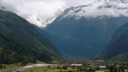 อุโมงค์ก็อตทาร์ด (Gotthard Base Tunnel) @ www.bbc.com