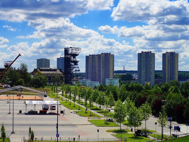 Katowice widziane z Zielonej Doliny