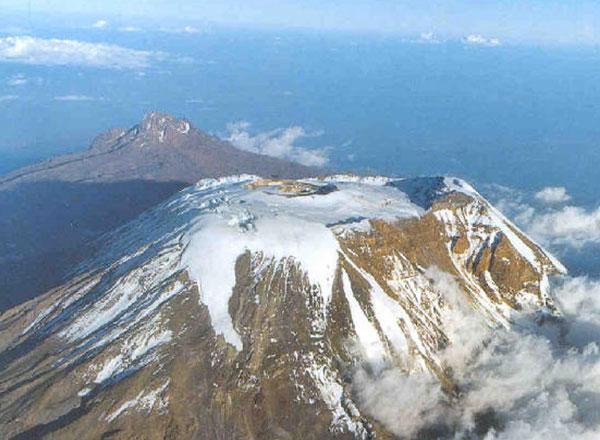 Keindahan 6 Gunung Paling Menakjubkan di Dunia yang dapat Memanjakan Mata