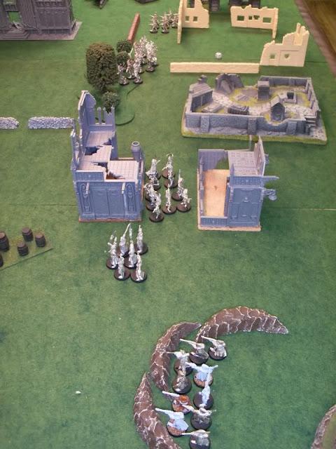 Warhammer 40k Eldar vs Chaos Space Marines