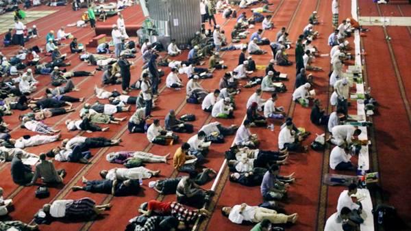 DPR: Pemerintah Harus Jelaskan Pencabutan Bantuan Dana Sahur di Istiqlal