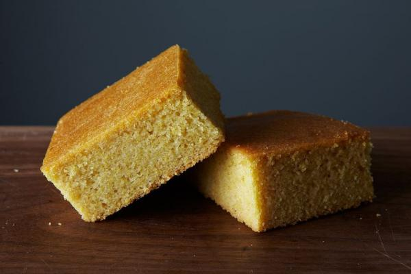 https://food52.com/recipes/31697-no-fuss-vegan-cornbread