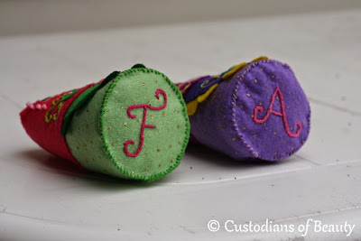 DIY Felted Babuska Dolls | by CustodiansofBeauty.blogspot.com