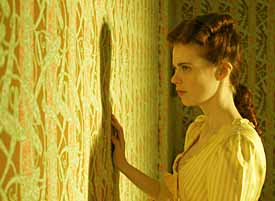 The Yellow Wallpaper Confinement Quotes A Book A Day Keeps The Doctor Away El Papel Amarillo De