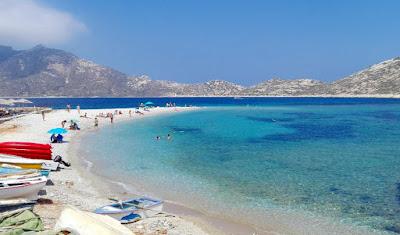 Playa de Amorgos, islas cícladas.
