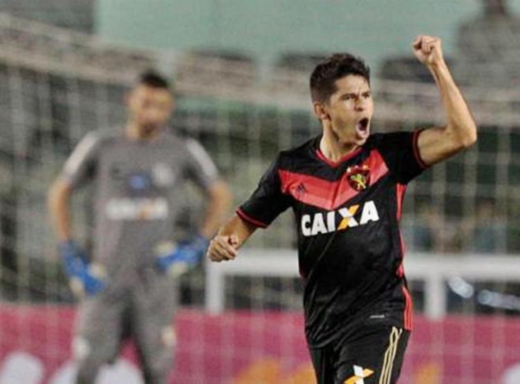 Vitória tem interesse no atacante Osvaldo, ex-Sport 1
