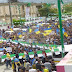 بالصور : أمواج بشرية أمازيغية هائلة تجتاح شوارع الجزائر في ذكرى الربيع الامازيغي