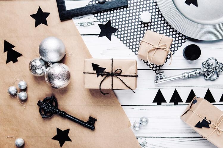 Świąteczne prezenty na ostatnią chwilę - 12 propozycji dla Niej