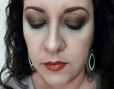 olho marrom esfumado blog inspirando garotas