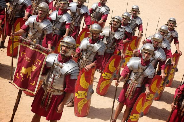 Гладиус, Доспехи, Когорта, Лорика, Манипул, Оружие, Римская армия, Римский легион, Торакс, Фаланга,