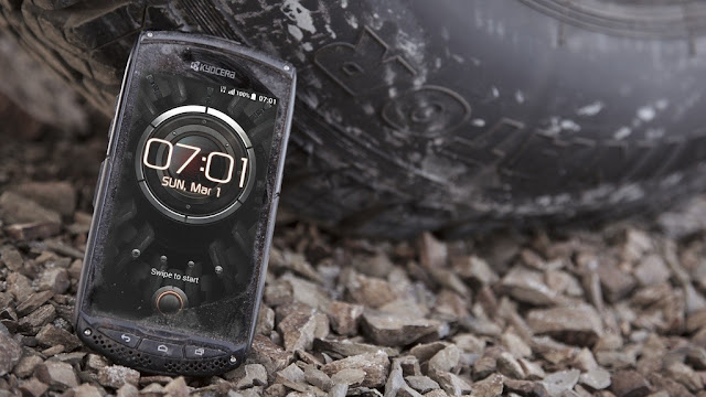 Kyocera Torque: Test of rugged outdoor mobile phones