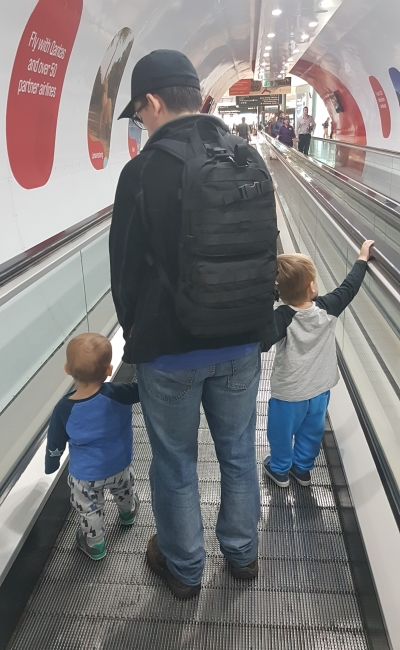Flying with two toddlers tips: Run Around the Airport | away from the blue