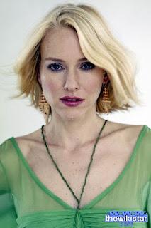 ناعومي واتس (Naomi Watts)، ممثلة بريطانية