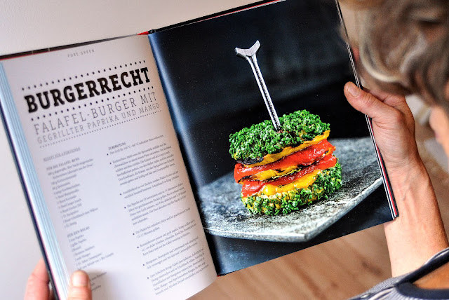 Falafel Burger nach einem Rezept von Koch Manuel Weyer