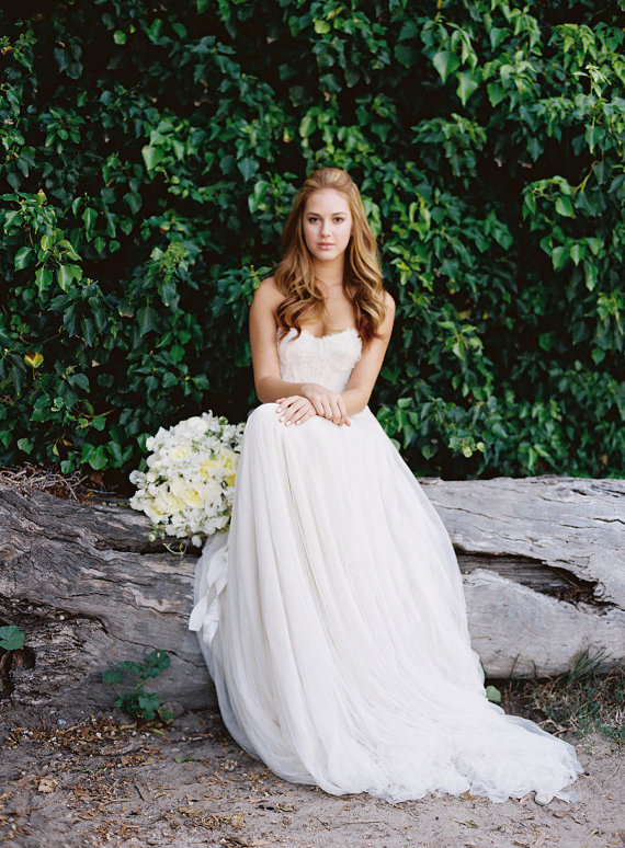 Country Rustic Wedding Gown Outdoor