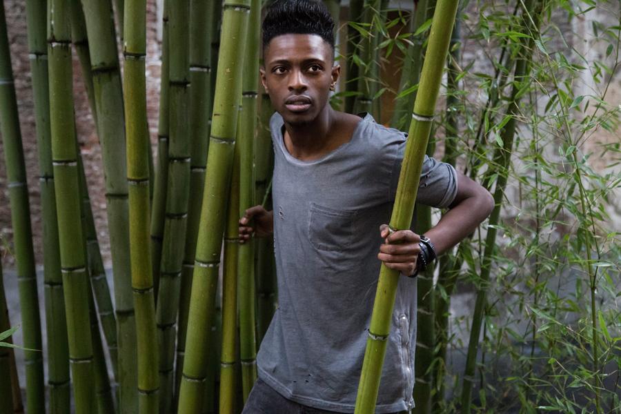 jonthegold antwerp male blogger urban men photography