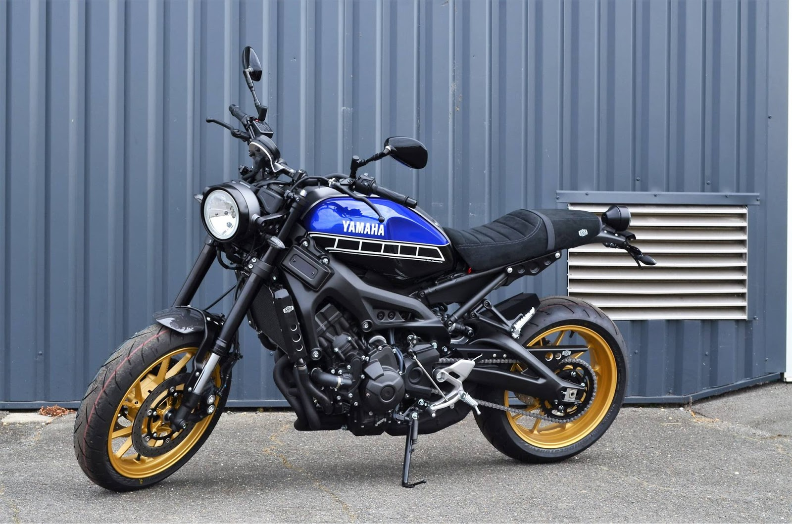 Racing Cafè: Yamaha XSR 900 60th Anniversary by Liberty Yam