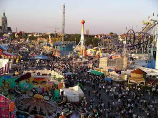 Oktoberfest rides and roller coasters by Michael Chlistalla