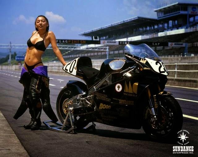 Over Racing Harley Davidson