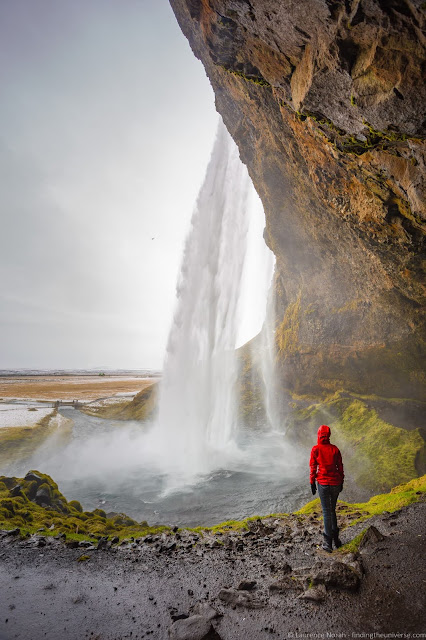 Seljalandsfoss Waterfall Iceland_by_Laurence Norah-7