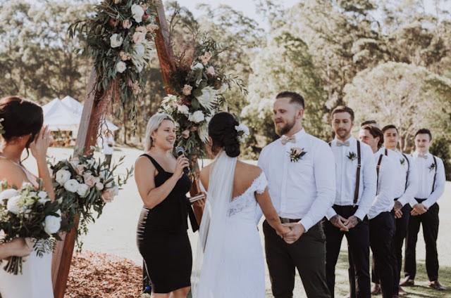 SUNSHINE COAST WEDDING CELEBRANT MARRIAGE KRISTINA WILD PHOTOGRAPHY
