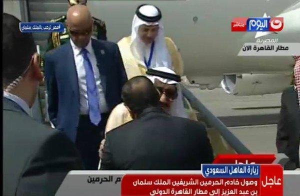 المفاجأة الكبرى والسبب الحقيقي وراء  زيارة الملك سلمان بن عبد العزيز للقاهرة!