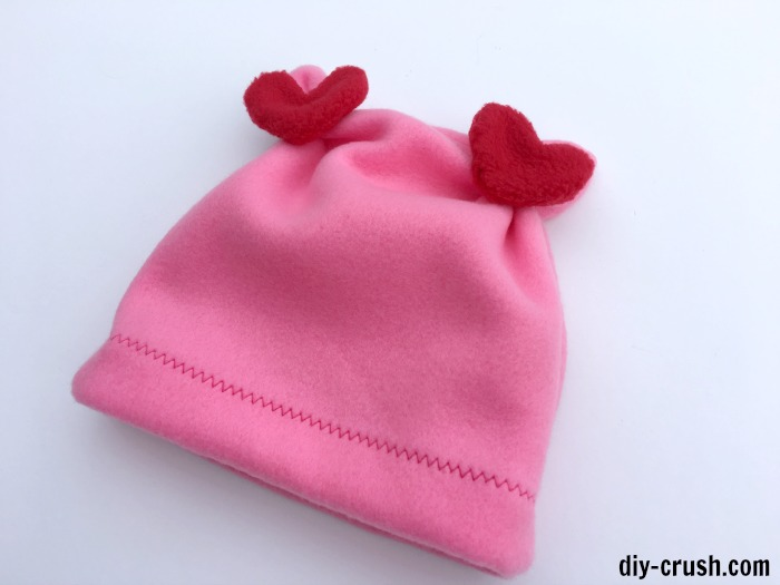 ceff920da53 Here s a collection of 10+ adorable and easy Valentines sewing projects  with links to free