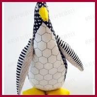 Pingüino de tela