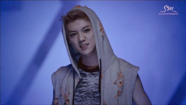 EXO: Wolf MV και who-is-who | I say myeolchi // k-pop in greek
