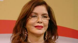 Zeenat Aman , Biography, Profile, Age, Biodata, Family, Husband, Son, Daughter, Father, Mother, Children, Marriage Photos.
