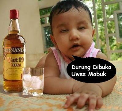 foto bayi mabok lucu banget