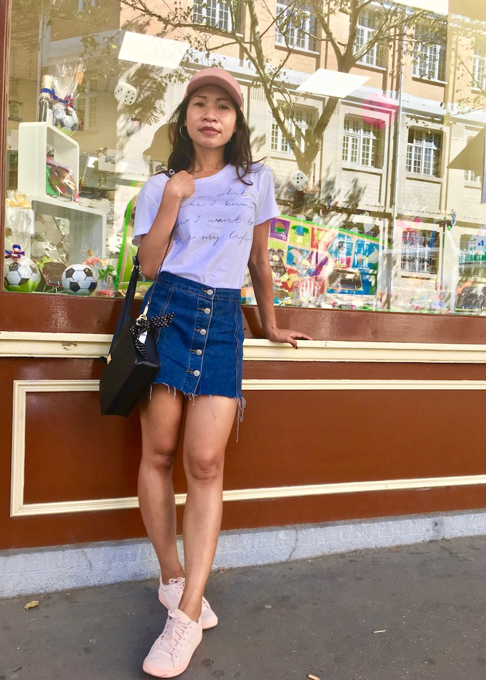 Tattered Skirt and T-Shirt Style