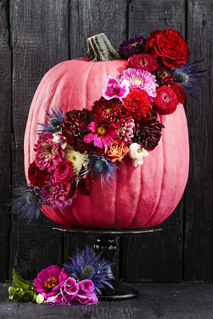pretty pumpkin DIY festive flowers no carve pink