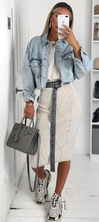 We've scouted the best outfit ideas and trends to start the Spring season. 29 Simple Winter to Spring Outfits to Try in 2019. Spring + Winter Outfits via higiggle.com #springoutfits #winteroutfits #fashion #style