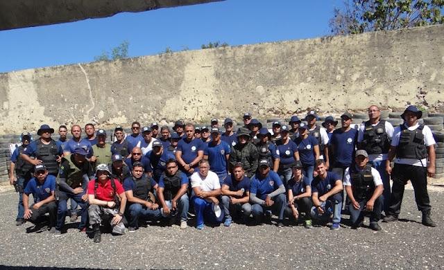 Guardas Municipais de José de Freitas, Altos e Demerval Lobão (PI), participam de treino prático de tiros na ACADEPOL