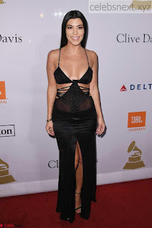 Kourtney+Kardashian+%E2%80%93+Clive+Davis+Pre-Grammy+Party+in+Los+Angeles+03.jpg
